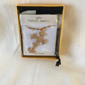Gold Necklace with Cross Fashion Jewelry